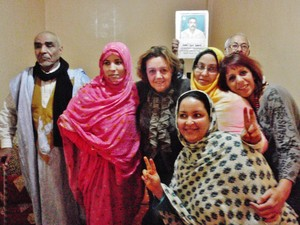 Con le donne del Coordinamento Gdeim Izik