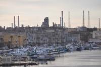 L'inquinamento nel mare di Taranto