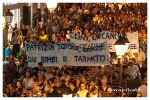 Taranto, 15 dicembre 2012. Espressioni di gratitudine per il giudice per le indagini preliminari di Taranto