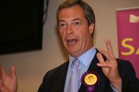 Il M5S verso le elezioni europee in bilico tra nazionalismo e federalismo