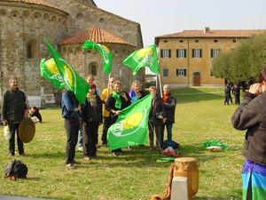 Gruppo di Verdi con tamburo e Gong