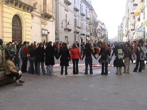 Girotondo in piazza