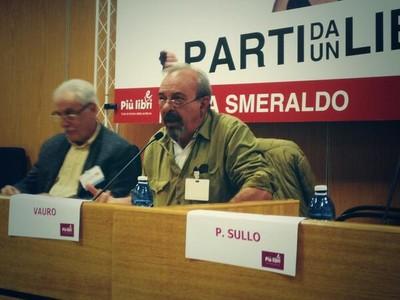 """Vauro presenta il libro di Loris Campetti """"Ilva connection"""" a """"Più Libri Più Liberi"""""""