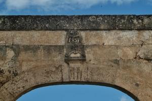 portale della masseria fornaro, taranto