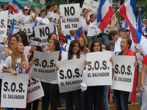 Manifestazione gioventù di Arena (Foto G. Trucchi | Opera Mundi)