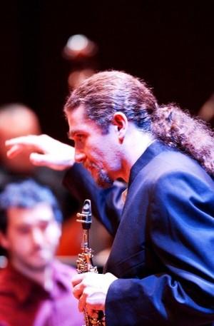 Javier Girotto, sassofonista argentino, sostiene la marcia del 6 aprile Statte - Taranto