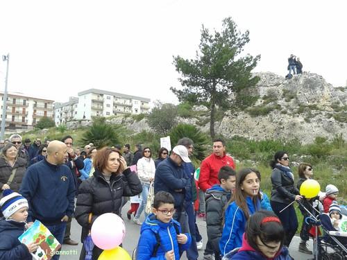 6 aprile, in marcia da Statte verso Taranto