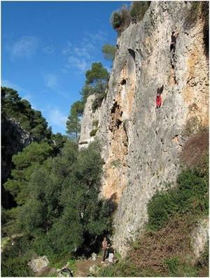 Percorso di arrampicata nel comune di Statte (Ta)