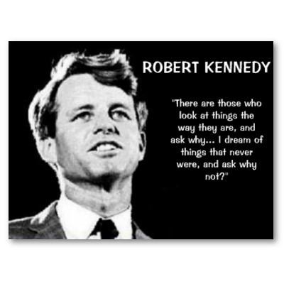 """Kennedy: """"Ci sono coloro che guardano le cose come sono, e si chiedono perché... Io sogno cose che non ci sono mai state, e mi chiedo perché no"""""""
