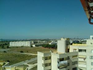 Striscia orizzontale di inquinanti a Taranto nella mattinata del 9 agosto 2014