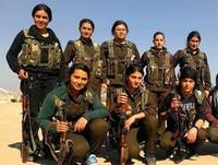 Tra i peshmerga, battaglione femminile impegnato in prima linea