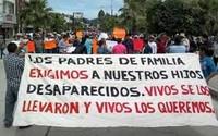 """Massacro di Ayotzinapa: """"È stato lo Stato"""""""