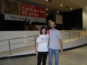 Beatrice Ruscio insieme a Padre Dario Bossi, il missionario comboniano che lotta al fianco delle popolazioni dell'Amazzonia