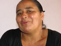 """Colombia: """"Per esigere il rispetto dei suoi diritti mio marito lotta ora contro la morte"""""""