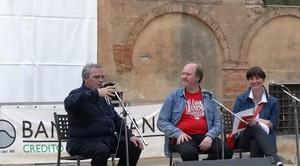Con Daniele Biacchessi sul palco del Festival della Memoria di Sinalunga