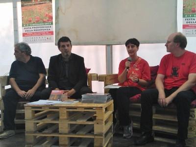 Sul palco di ANPI Varese - Festa Provinciale della Resistenza, con Daniele Biacchessi, Fabrizio Cracolici, Andrea Sigona, per l'impegno Antifascista e per il diritto al disarmo e alla pace