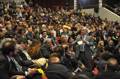 Jeremy Rifkin a Firenze nel 2010 durante la sua conferenza all'assemblea annuale dell'ANTER