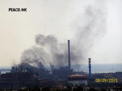Fumo nero, incendio nello stabilimento Ilva