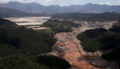 General view from above of a dam owned by Vale SA and BHP Billiton Ltd that burst, in Mariana, Brazil, November 10, 2015.