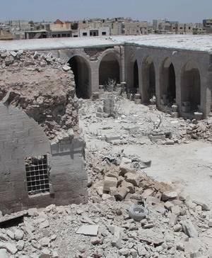 A 16-century caravanserai in the city of Maaret al-Numan, in an area controlled by opposition forces. Un caravanserraglio del 16° secolo nella città di Maaret al-Numan, in una zona controllata dalle forze di opposizioneU