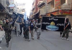 Combattenti di Al Nusra vicino Damasco
