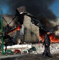 I bombardamenti dell'Arabia Saudita hanno ridotto l'80% degli Yemeniti alla fame