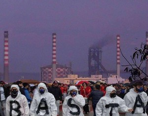 Manifestazione contro l'inquinamento dell'Ilva di Taranto