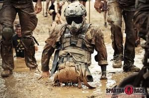 Veterano di guerra mutilato alla Spartan Race