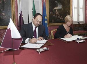 Accordo navi Qatar Pinotti