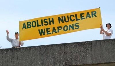Abolizione e messa al bando delle armi nucleari