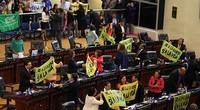 El Salvador: Parlamento vota la messa al bando  dell'industria metallifera