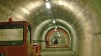 Un tunnel della base di West Star