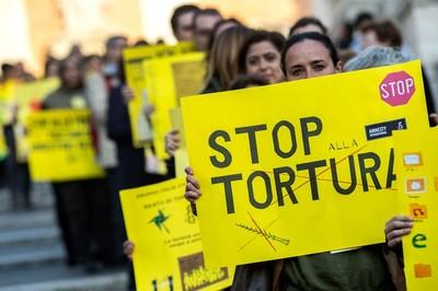 Reato di tortura: i risvolti di una legge