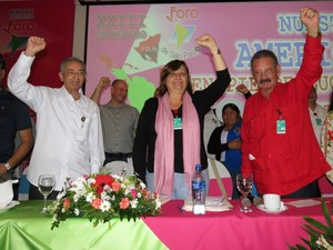 José Ramón Balaguer (PCC), Mónica Valente (PT), Jacinto Suárez (FSLN)