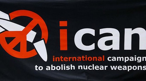 Viene assegnato il Premio Nobel per la Pace alla campagna ICAN per il disarmo nucleare. Un riconoscimento per tutti coloro che si sono battuti in questi anni per la messa al bando delle bombe atomiche, armi indiscriminate per lo sterminio di massa.