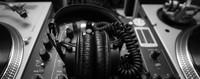 """Radio Nuova Resistenza - Trasmissione """"Il richiamo del buio, Italia risponde"""""""