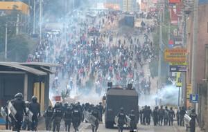 Repressione a Tegucigalpa (Foto G. Trucchi | Rel-UITA)