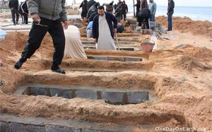 La bufala delle fosse comuni in Libia, usata per scatenare l'attacco contro Gheddafi