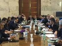 Tavolo Ilva al MISE: Mittal chiede modifiche a contratti e diritti degli operai. Stop dei sindacati