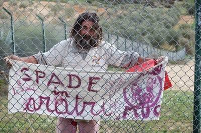 Il Pacifista Nonviolento Turi Vaccaro NO MUOS