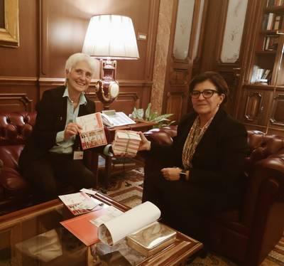 """Incontro Rete Disarmo Ministra Elisabetta Trenta - consegna cartoline """"Italia Ripensaci"""""""