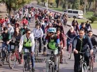 Damasco: la rivoluzione silenziosa delle donne in bicicletta