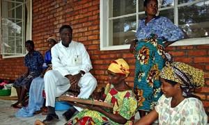 Denis Mukwege nel suo ospedale in Congo