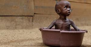 Ogni minuto cinque bambini nel mondo muoiono per malnustrizione