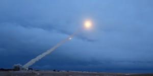 Immagine tratta dal video che mostra, secondo il Ministero della Difesa russo, il missile a propulsione nucleare Burevestnik