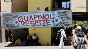 Protesta di fronte alla Procura