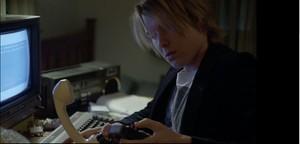 """Fotogramma dal film """"Underground"""" su Assange prima di WikiLeaks"""
