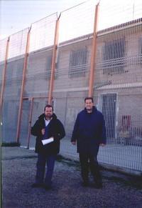 padre Giorgio e padre franco davanti al CTPA di Lamezia Terme