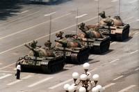 Piazza Tien An Men e la ribellione nonviolenta dei giovani cinesi