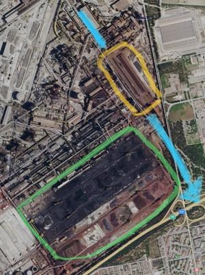 Il vento da nord-ovest ha preso in pieno il parco OMO (delimitato in giallo) spostando la polvere sul quartiere Tamburi di Taranto